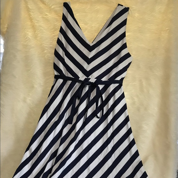 9c3f68ea882c3 Jessica Simpson Dresses & Skirts - Jessica Simpson Sash Belt Maternity Dress
